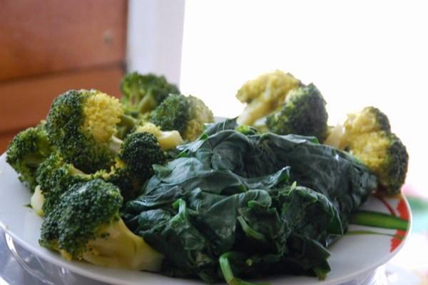 Ricette di stagione: zuppa di broccoletti e spinaci